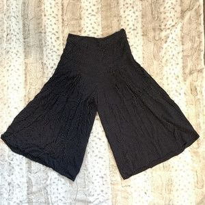 1. State Size 6 High Waisted Gauchos